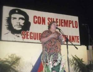 Aleida en la Velada Conmemorativa del aniversario del Frente Las Villas. (Foto Mary Romero).