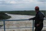 La regulación del nivel de la presa Zaza obligó a evacuar a los habitantes residentes aguas abajo del embalse.