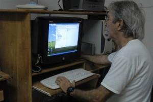 A pesar de su jubilación, Aurelio Gutiérrez se mantiene interesado en las investigaciones históricas.