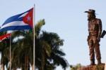 La artista espirituana Thelvia Marín concibió la escultura de Camilo Cienfuegos que preside el mausoleo.