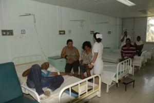 En el Hospital Provincial Camilo Cienfuegos fueron atendidos los lesionados (foto: Vicente Brito)