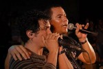 Los músicos le cantaron a la FEU frente a más de 15 000 jóvenes espirituanos.