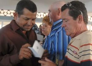 Más de 400 nuevos delegados conforman las Asambleas Municipales en Sancti Spíritus. (foto: Oscar Alfonso)