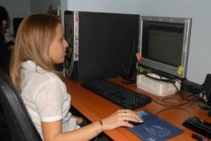 Jóvenes economistas de DESOFT han creado útiles softwares, incluido uno con vistas a la rehabilitación de pacientes que padecen esclerosis múltiple.