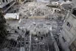 Las edificiaciones en Gaza colapsan ante el impactos de bombas y cohetes de Israel.