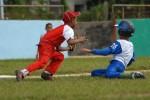 Juego de béisbol entre niños de los equipos de Cabaiguán y Yaguajay.