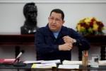 El Comandante Chávez se encuentra ya en su habitación iniciando los tratamientos especiales, informó Maduro.