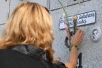 Este 7 de diciembre familiares y amigos depositaron flores ante los nichos de los caídos.