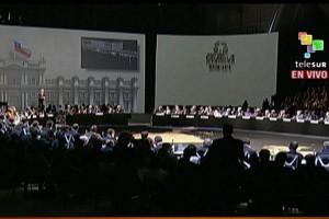 Telesur difunde la apertura de la Cumbre Celac-Unión Europea.