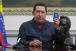 Gracias a la fortaleza física y espiritual, Chávez está enfrentando esta difícil situación.