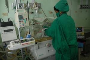 Más del 97 por ciento de los niños ingresados en los servicios de neonatología o de intensiva pediátrica logran sobrevivir.