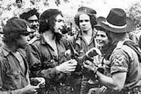 La lucha se consolidó con la llegada de la Columna 8 Ciro Redondo, bajo el mando del Comandante Ernesto Guevara.