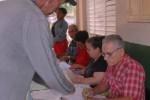 Los 173 colegios en Yaguajay reciben desde las siete de la mañana a los electores. (foto: Oscar Alfonso)