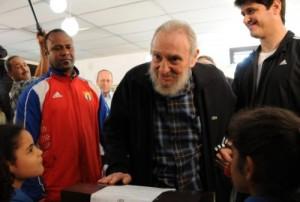 Fidel ejerció su derecho al voto en el Colegio Electoral No.1, de la Zona 13, Circunscripción 13, de Plaza de la Revolución. (foto: Ismael Francisco)