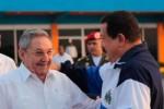 Raúl y Chávez. (foto: archivo AVN)