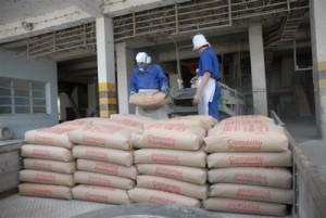 A  más de 290 000 bolsas ascenderá la producción de cemento PP-25 este año, con destino a la fabricación de viviendas.