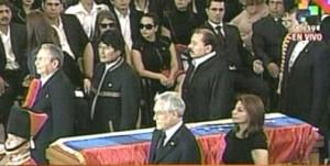 Raúl Castro junto a otros gobernantes durante la guardia de honor a Chávez.