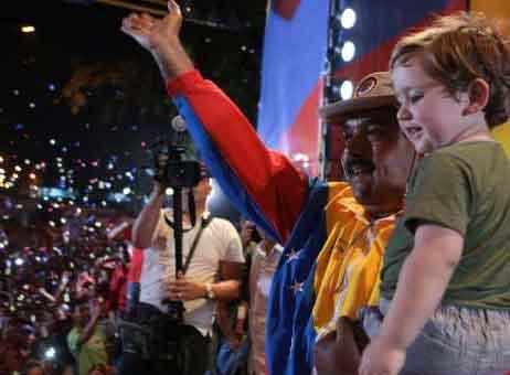 Maduro aseveró que Chávez dejó un pueblo listo para seguir construyendo Patria por 200 años más.