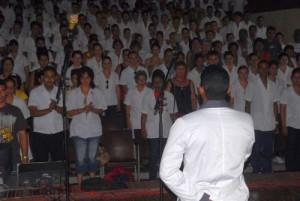 El estudiante venezolano Edgar Eduardo Salvatierra narró sus vivencias en los comicios de su país.