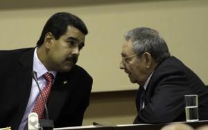 Raúl Castro y Nicolás Maduro presidieron la firma de los convenios de cooperación entre ambas naciones.