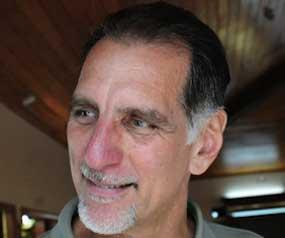González sufrió la pérdida de su padre, Cándido René, el pasado 1 de abril.