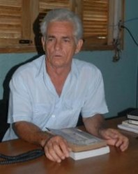 Profesor Ysrael Coca Monteagudo.