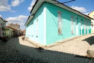 El empedrado de las calles forma parte del restablecimiento y la rehabilitación de Sancti Spíritus a propósito de la celebración de sus 500 años.
