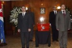 Momento en que son velados en la embajada cubana en Buenos Aires, Argentina, los restos del compañero Jesús Cejas Arias.