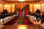 El primer vicepresidente cubano Miguel Díaz-Canel Bermúdez durante las conversaciones oficiales en Beijing.