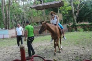 La monta del caballo provoca gran estimulación neurosensorial.