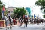 Con un desfile de vaqueras por las calles de Sancti Spíritus comenzó la gran fiesta ganadera.