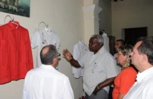 El miembro del Buró Político visitó la Quinta de Santa Elena, sede del proyecto sociocultural La Guayabera.