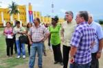 Miguel Díaz Canel junto a autoridades de Santiago de Cuba.