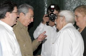 Raúl durante la juramentación de los nuevos embajadores. (foto: AIN)