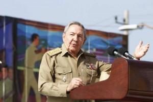 Esta seguirá siendo la Revolución Socialista, de los humildes, por los humildes y para los humildes, proclamada por Fidel el 16 de abril de 1961, expresó Raúl.