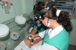 Gracias al trabajo de la oftalmóloga encargada de llevar el programa no existe la menor posibilidad de que se escape un caso de retinopatía en la prematuridad.