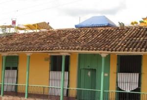En el Centro Histórico hay más de 70 usos indebidos de azoteas, declara Blanca Pérez.