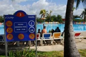 Las instalaciones hoteleras de la península de Ancón aparecen entre las preferidas por los visitantes que llegan al centro de Cuba.