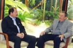 Raúl Castro felicita a Daniel Ortega por 192 años de independencia.