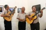 La serenata, a cargo fundamentalmente de los tríos, ha sido una tradición en Sancti Spíritus .