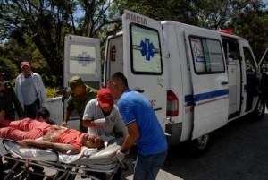 Al mediodía de este miércoles los lesionados recibían atenciones en el Hospital Provincial Camilo Cienfuegos.