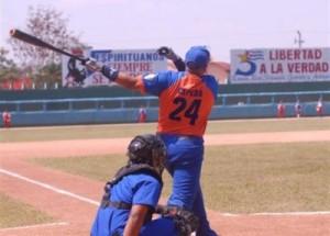 Los estelares Frederick Cepeda, Ismel Jiménez y Eriel Sánchez, encabezan el equipo Sancti Spíritus, que participará en la 53 Serie Nacional de Béisbol.