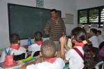Las casi cuatro décadas como maestro llenan de satisfacción y compromiso a Miguel.