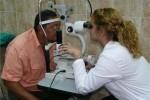 Este año, los médicos cubanos han atendido a 2 348 pacientes y realizaron 1 371 operaciones de cataratas.