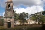 En San Isidro de los Destiladeros se acometen trabajos para consolidar estructuras y restaurar la torre Campanario.