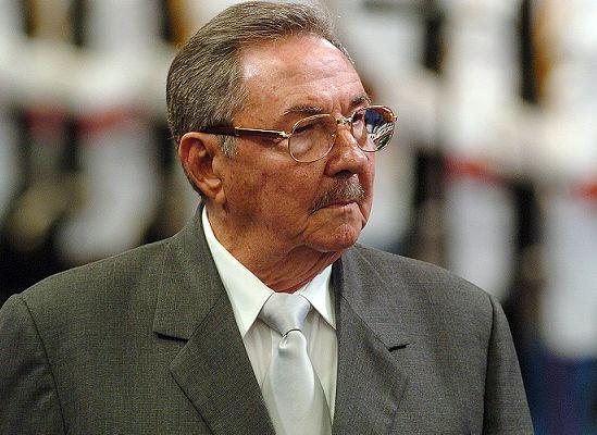 Raúl Castro envía condolencias a familia del pastor Sergio Arce