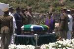 Jamás defraudaremos la memoria de nuestro héroe supremo, dijo en la ceremonia fúnebre el presidente sudafricano.