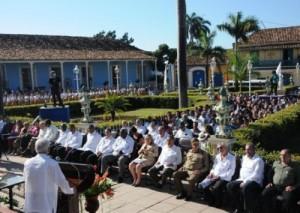 La sesión solemne de la Asamblea Municipal tuvo lugar en la Plaza Mayor.