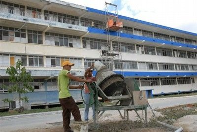 Alrededor de 25 millones de pesos han sido invertidos en el Hospital Provincial Camilo Cienfuegos en los últimos diez años. Foto: Vicente Brito