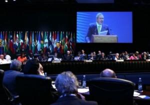 Entre los documentos aprobados en la Cumbre figura la declaración de la región como Zona de Paz.